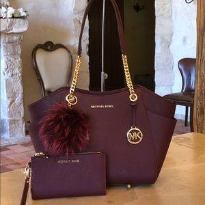 Michael Kors Jet Set chain handbag&wallet& pom pom